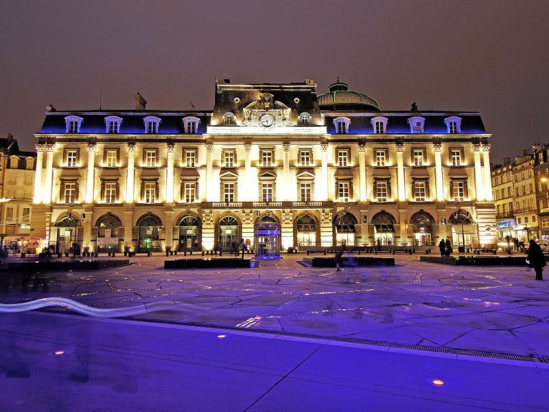 Clermont ferrand s jour clermont fd hotel restaurant - Chambre du commerce clermont ferrand ...
