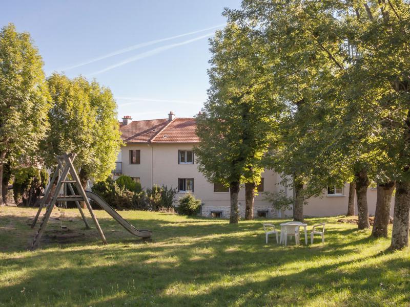 Hotel proche clermont ferrand et vulcania h bergement logis relais des puys - Chambre d hote pres de clermont ferrand ...